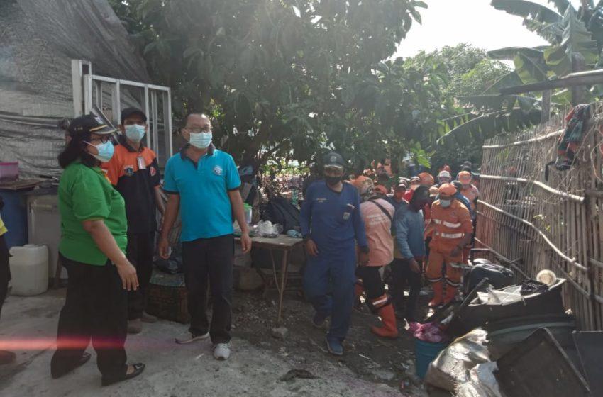 60 Personil Gabungan Kerja Bakti Bersihkan Waduk Kesatriaan