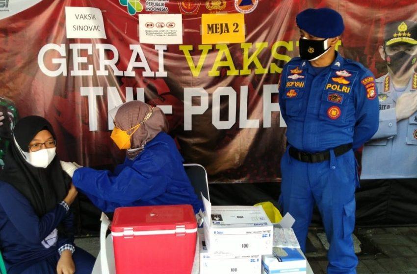 Hari ini, 104 Peserta Jalani Suntik Vaksin di Gerai Presisi Polres Kep Seribu