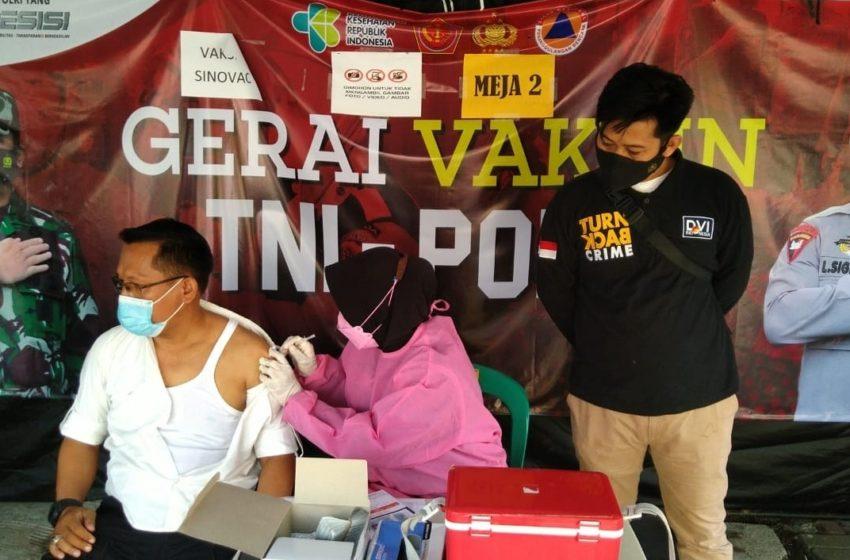 Dosis Kedua, Warga Datangi Gerai Vaksin Presisi Polres Kep Seribu