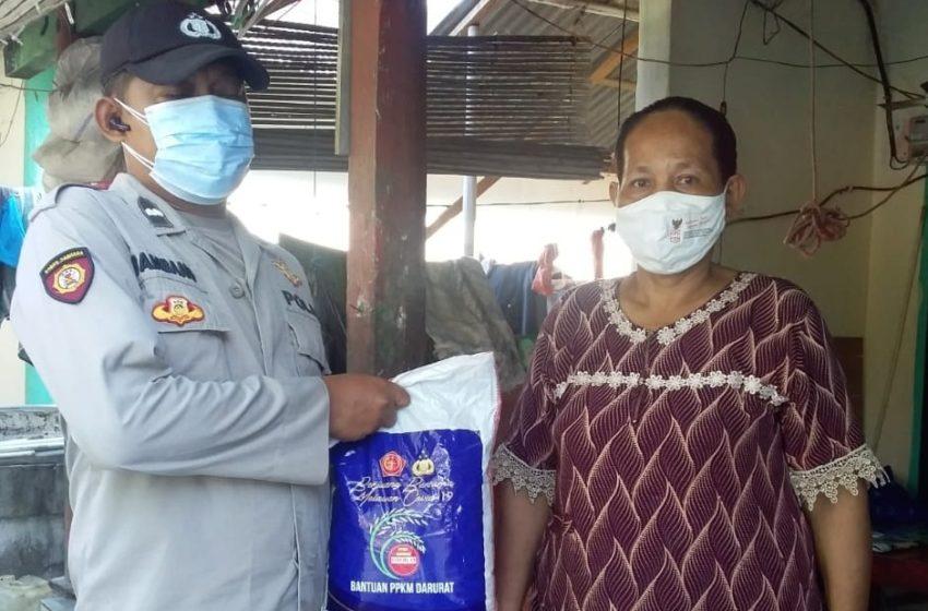 40 KK Warga Terdampak Covid-19 di Pulau Lancang dan Pulau Pramuka dapat Bansos dari Polres Kep Seribu